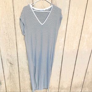 Zara long knit navy striped v-neck dress small
